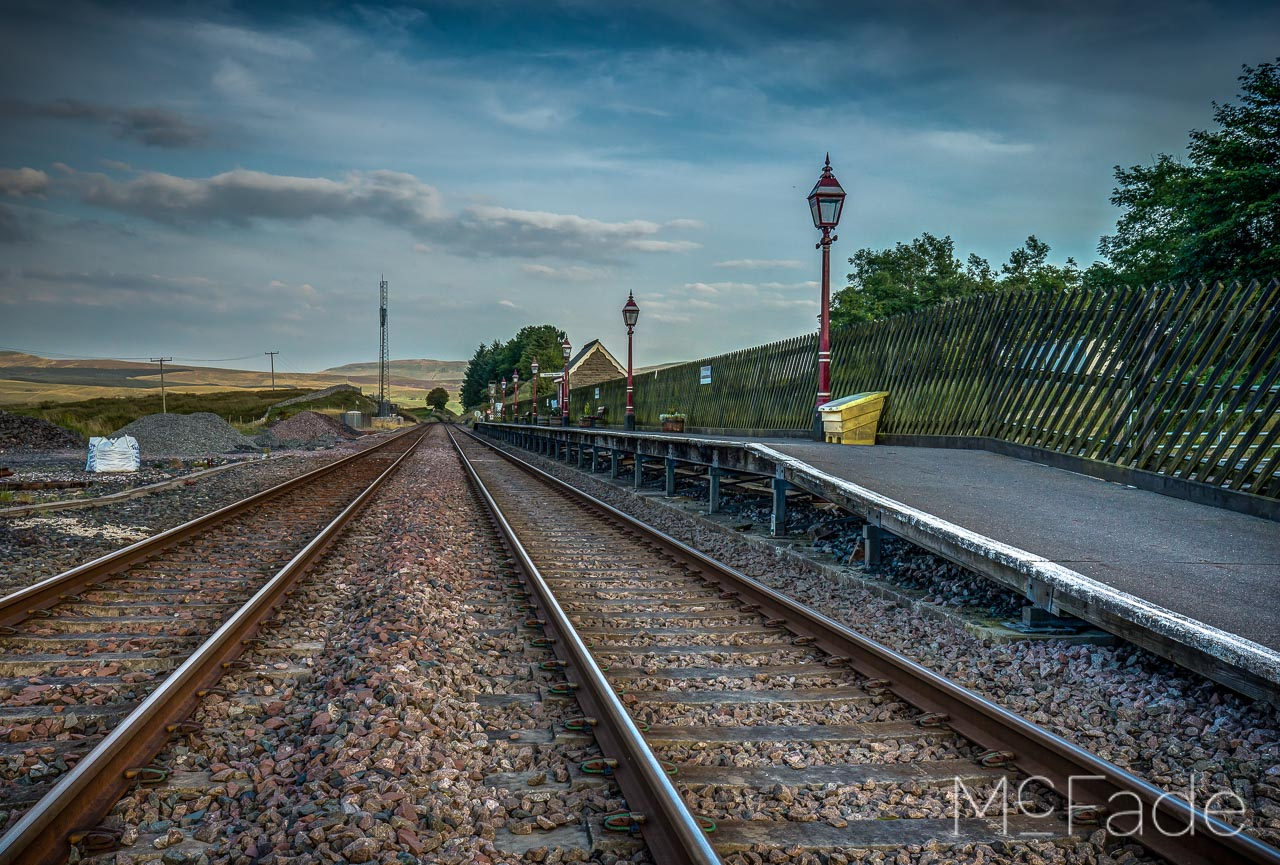 ribblehead-station-ribblesdale-yorkshire-landscape-215_6_7