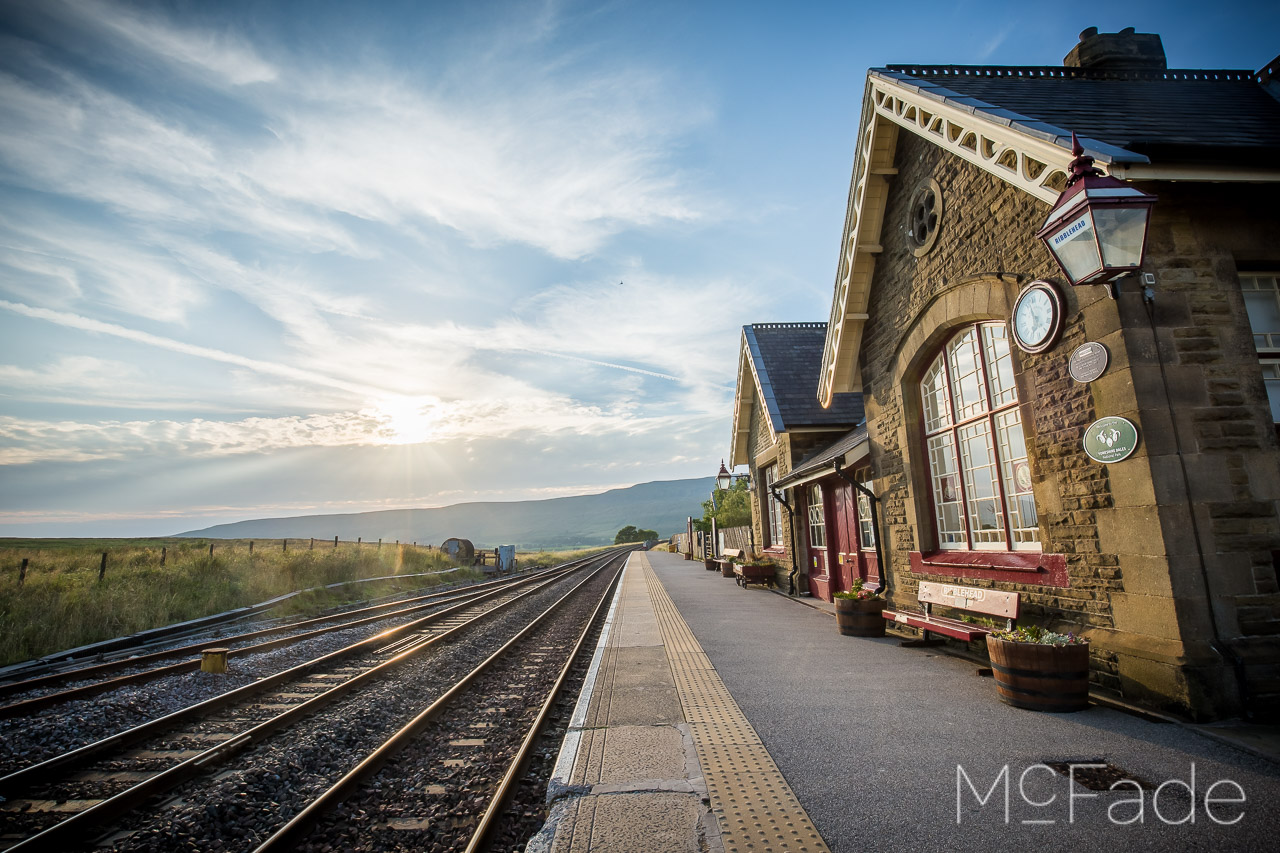 ribblehead-train-station-ribblesdale-yorkshire-landscape-191-hdr