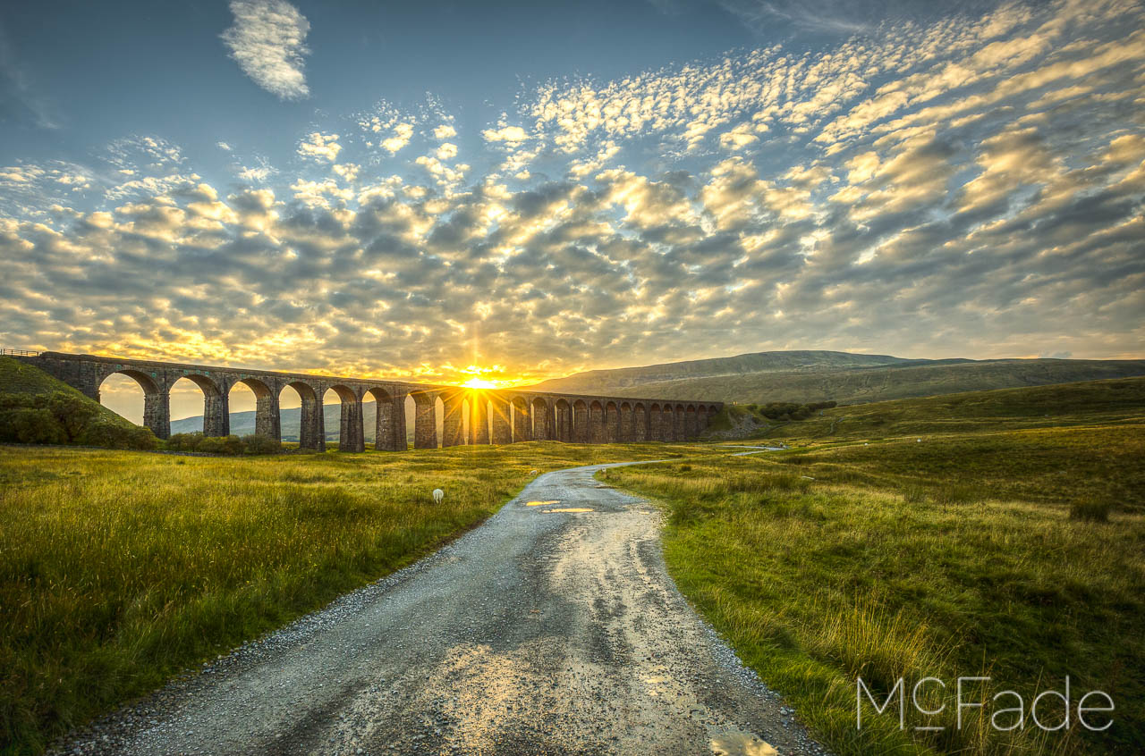 the-viaduct-ribblesdale-yorkshire-landscape-335_6_7