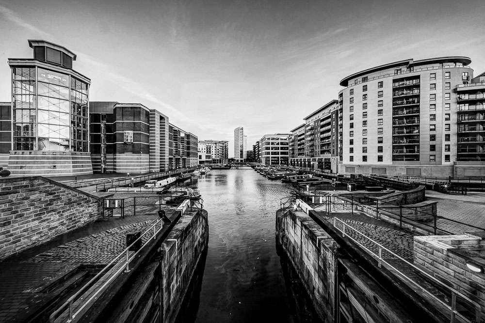 leeds-clarence-dock-evening-april-2014_0103_4_5